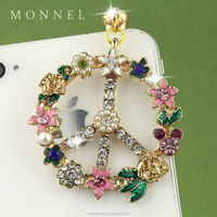 ip19 Wholesale Cute Peace Sign Crystal Flower Wreath 3.5mm Anti Dust Phone Charm for iPhone Android Smart Phone