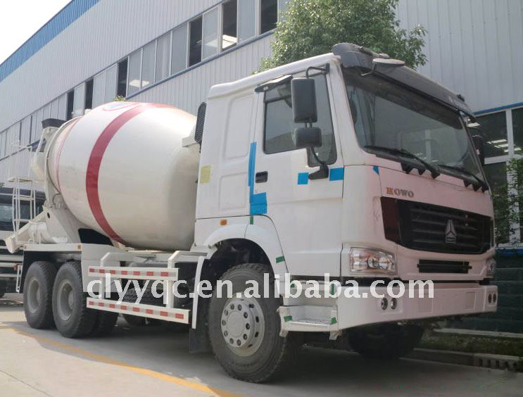 HOWO 6x4 mobile concrete mixer, tanker truck dimension, chinese cement mixer for sale