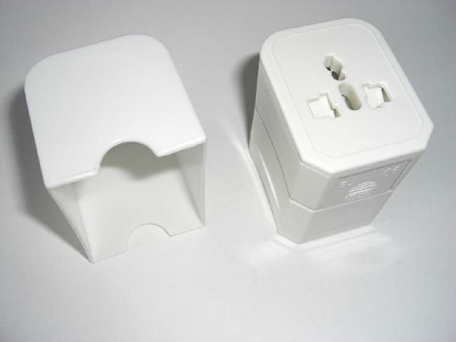 2013 Hot world travel adapter & universal multi plug sockets , for advertising gift