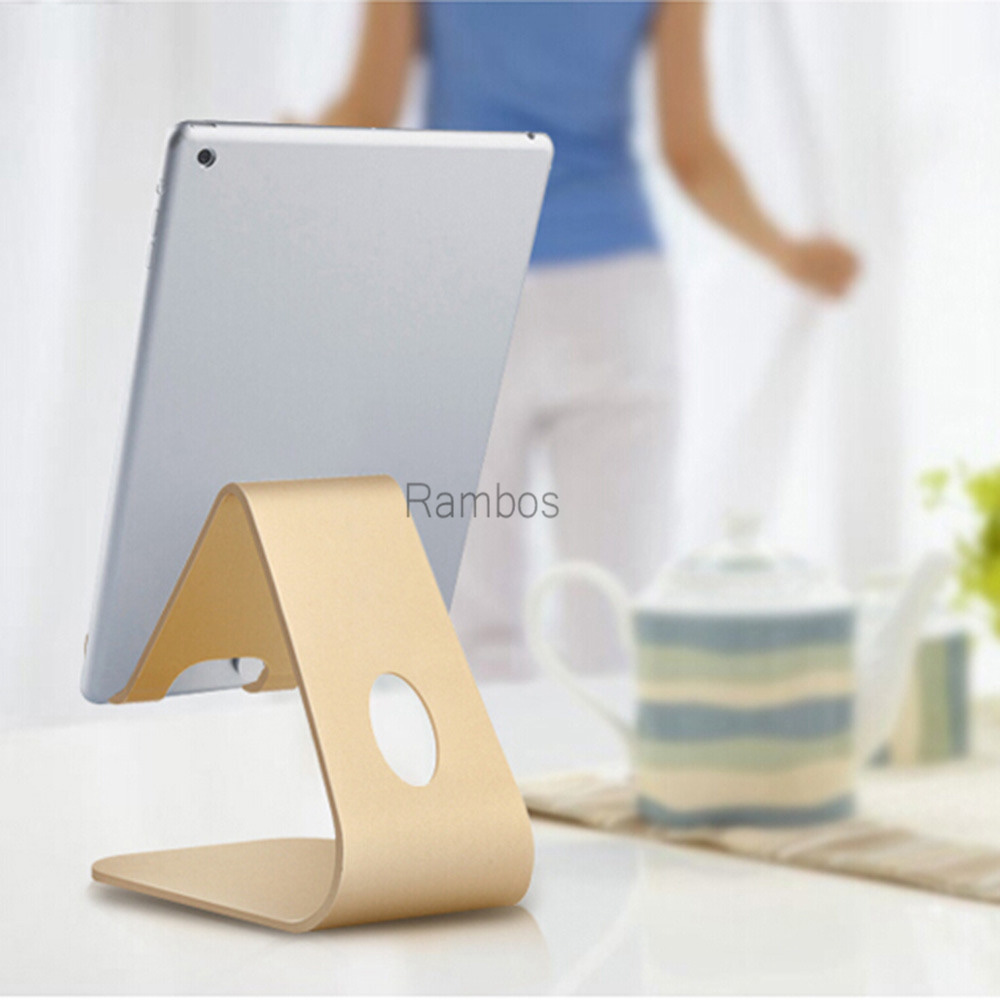 New products 2016 innovative product metal desk dock mobile phone display stand