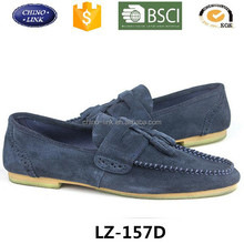 Wholesale European style male flat casual moccasin shoes fashion carved design loafer Doug boat zapatos for lazy men
