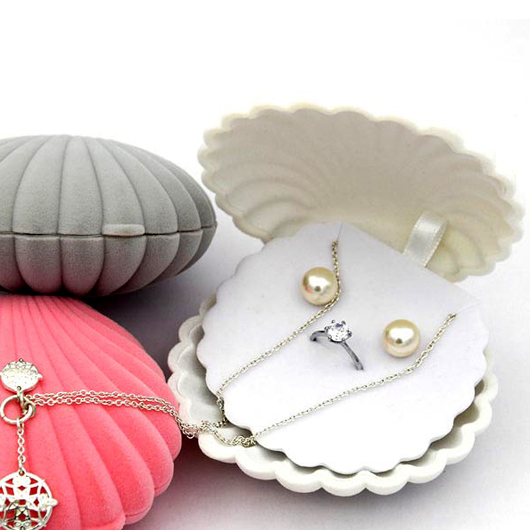 Fancy Custom Printed Shell Shape Velvet Jewelry Necklace Earring Set Boxes.