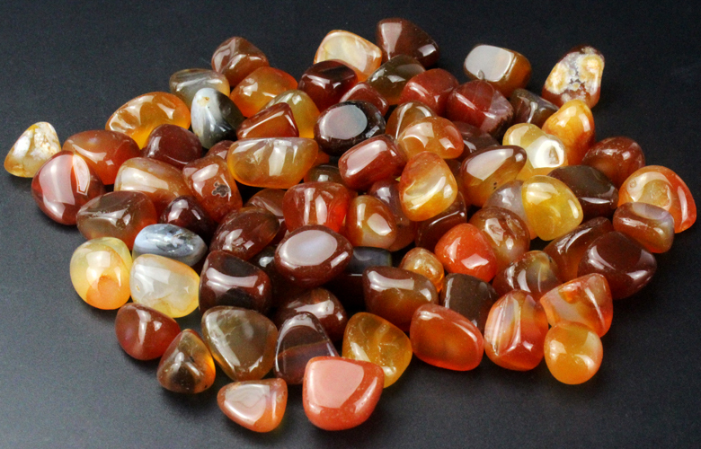 Wholesale Amethyst,Rock Quartz,Agate,Tiger eye,Jade gemstone tumbled stone beads