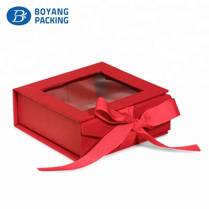 Printed Custom handmade 300 gsm packaging Paper gift box with window clear