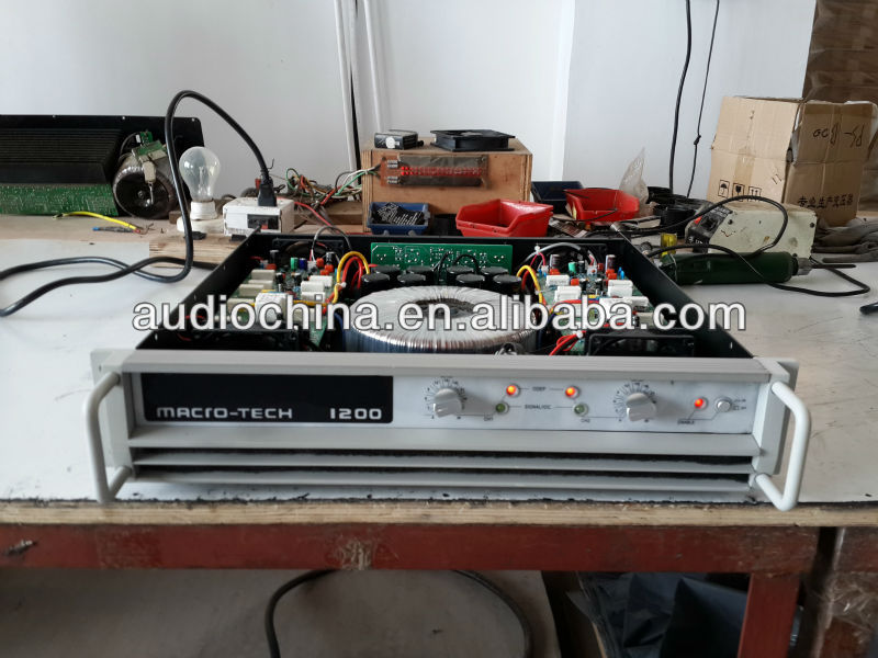 MACRO TECH MA1200 AMPLIFIER