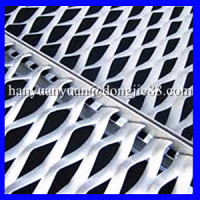 Excellent auto air filters outer sturdy and durable expanded wire mesh