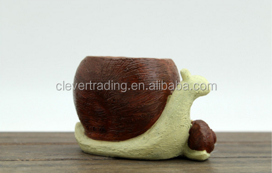 Snail design mini potted succulent plant handmade resin flower pot