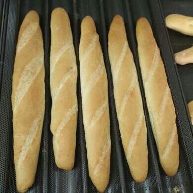 China Manufacturing Long Lebanese Bread Dough Simple Bread Moulding Machine