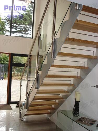 int rieur en forme de u escalier en bois avec panneau de verre syst me escaliers id de produit. Black Bedroom Furniture Sets. Home Design Ideas