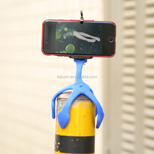 Outdoor sport 360 rotating degree self-timer silicone aluminum alloy mobile phone stand