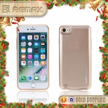 Remax 2400mah quick charging phone jacket for iphone 7