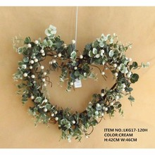 "Green Eucalyptus Leaves with Artificial Pearl 18""Flower Heart Wreath for decoration"