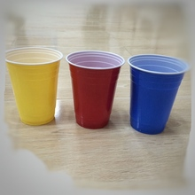 Disposable Wholesale 16oz PS Plastic Red Party Cup