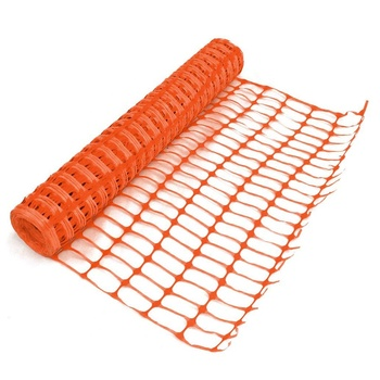 L250 Snow Fence attached to a T-Post. L60 construction plastic safety barrier net
