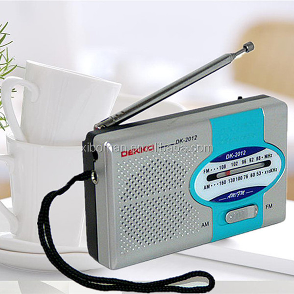 Mini Radio Receiver FM / AM Pocket Digital Portable Radio