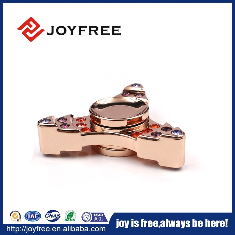 2017 hottest selling tri-spinner toys stress relief hand spinner beautiful gift box packing fidget spinner