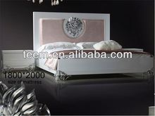 New Type Bed 2013 Hot Sale scrap room furniture