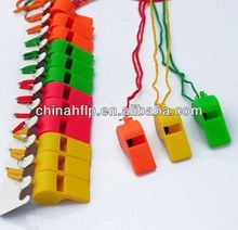 2016 trendy plastic whistle with necklace