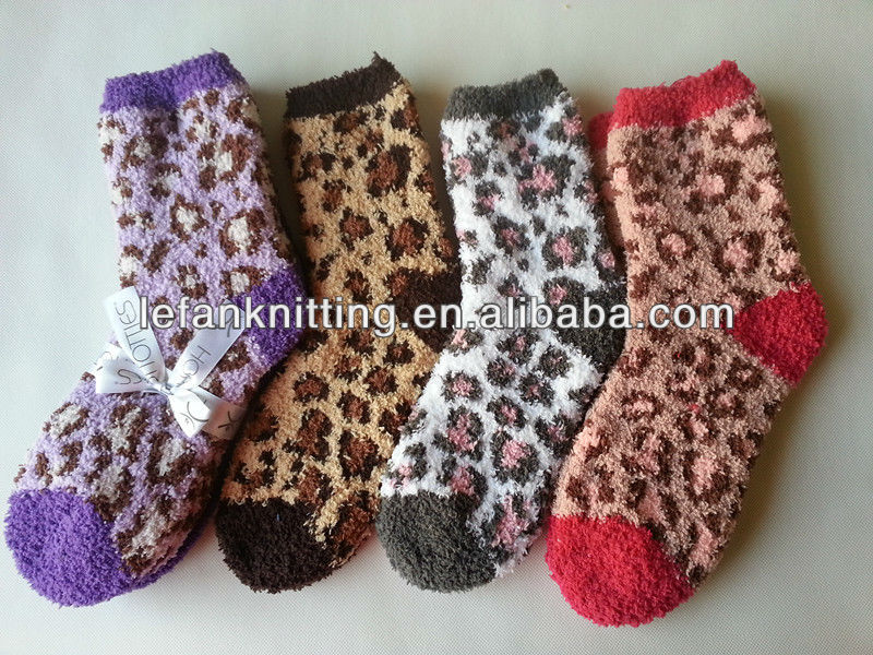 2014 hot selling beautiful hot sexy women Leopard thick custom warm fuzzy socks