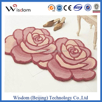 Floral design wall to wall carpet