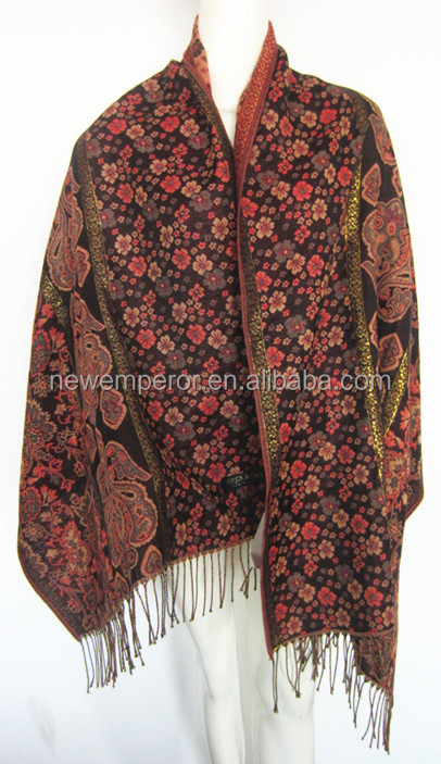 fashion acrylic poncho knitted