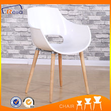 Plastic Dining Chair/Armchair With Beech Wood Legs