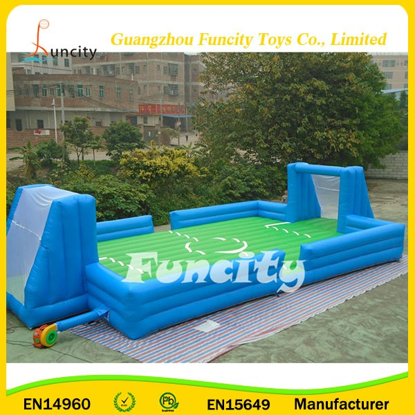 2017 outdoor portable large inflatable football field,inflatable soap football field for kids