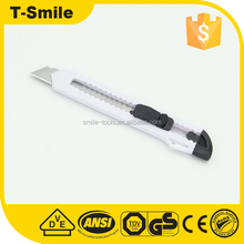 9mm blade safety paper cutter knife with plastic handle