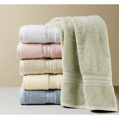 Towels Stock Lot 500 / GM @ 3. 45 / USD KG FOB