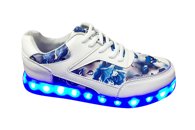 New student female led light sports shoes