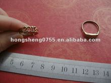 Customized Fashion Metal Jewelry Hand Ring,Zinc Alloy Gifts Finger Ring,Gold Color Hand Ring