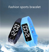 Sport calories counter wrist watch waterproof fitness tracker kids smart watch