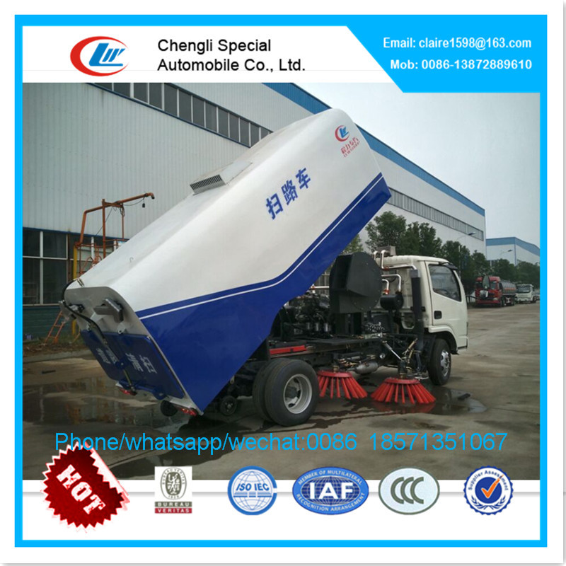 DongFeng mechanical road sweeping truck 5000liters sweeper truck