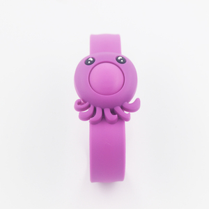Protection 100% Natural Bug Waterproof Silicone Deet-Free Plant-Based Oil Band Mosquito Repellent Bracelet