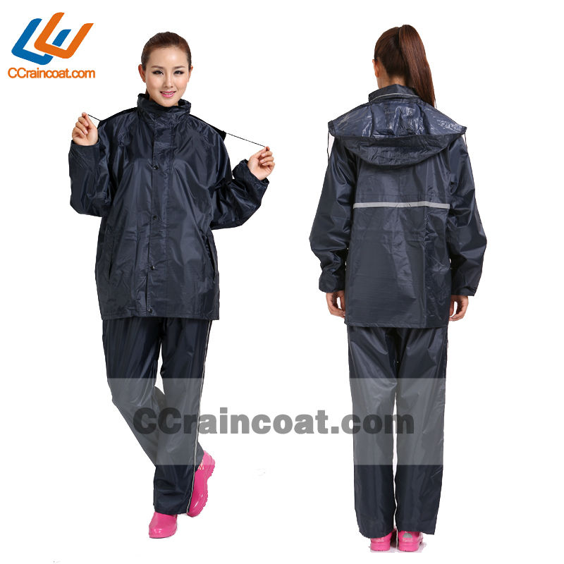 High quality firm waterproof black rubber rain suit for adult European hot