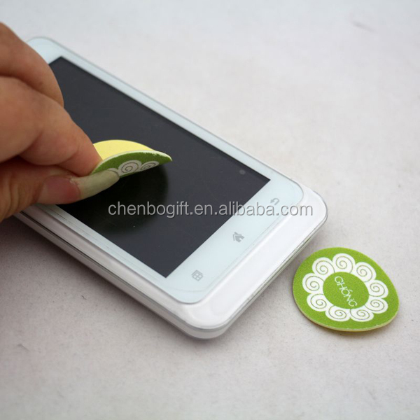 Custom logo and shape sticky mobile phone screen cleaner charm