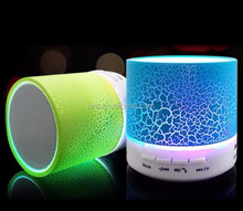 New electronic products 2017 portable mini bluetooth speaker led lamp