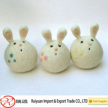 Novelty Customzied Cute animal shape wool felt toy for kids