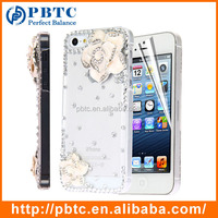 Set Screen Protector And Case For Iphone 5 , Hard Plastic White Diamond Flower 3D Phone Case