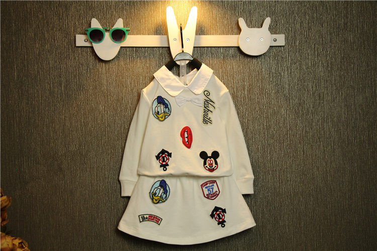 2017 autumn 100% cotton children girls t shirt short skirt clothes set cartoon Donald Duck Mickey picture