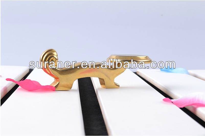wholesale hot sale golden stainless steel plate holder chopstick holder