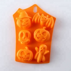 6 Cavity Halloween Silicone Cake Mold Heat Resistant FDA And LFGB Silicone Cake Mould