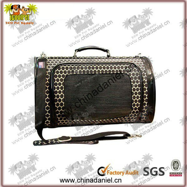 2012 New tote fashion pet carrier