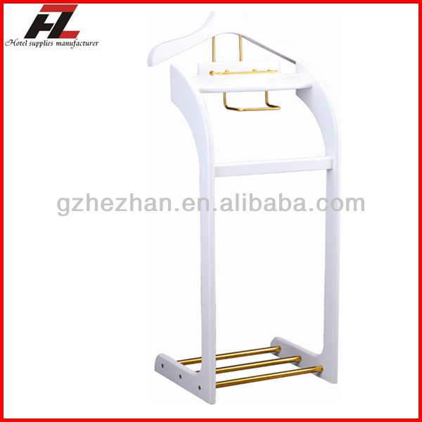Wood Clothes Valet Stand wtih Shoes Bar in White for Hotels / Modern Men Valet Stand