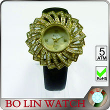 ladies watch/brass casting case/japan movement/diamonds/good IP/water resistant/mother of pearl face, brass watch high quality