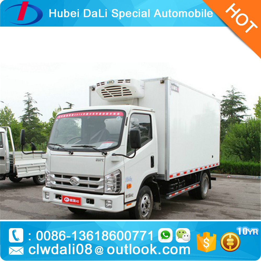 Dongfeng mini refrigerator van vehicle to transport frozen food and food delivery vehicle