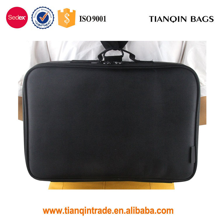 Durable Larger-Capacity Professional Makeup Case Travel Make Up Cosmetic Tools Bag