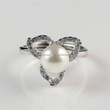 Pave Small Diamante Silver Plated Brass Metal Adjustable Wholesale Women Pearl Rings