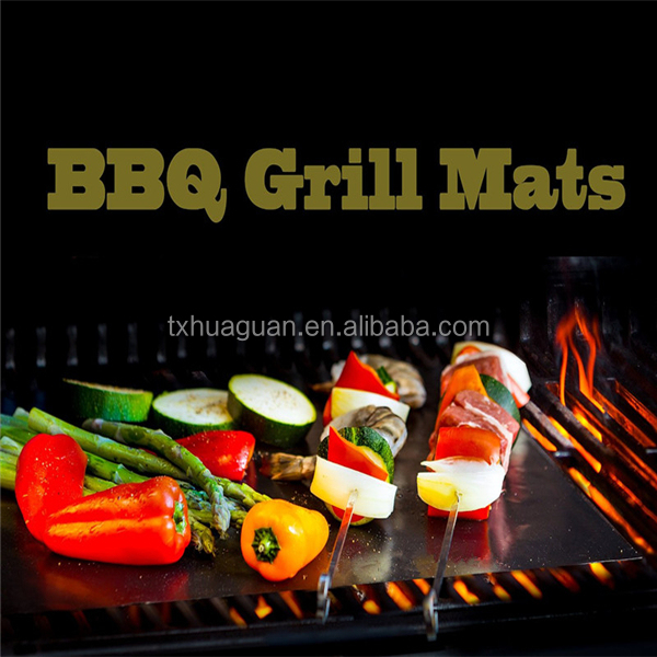 China Supplier 40X33CM Non Stick Oven Liner Reusable Grill Sheet BBQ Mat Fiberglass + PTFE Material Non-stick BBQ Grill Mat