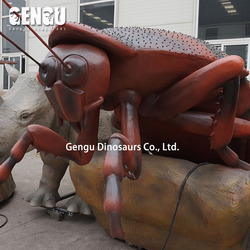 Giant Animatronic insect model cockroach